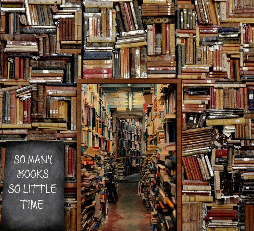books-5430104_1920
