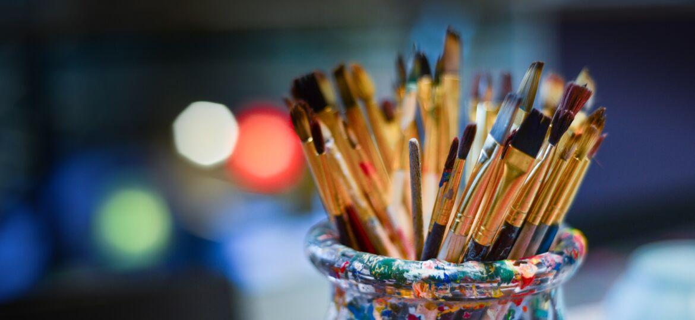 brushes-g9723b231f_1920